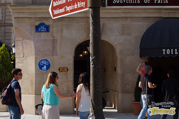 """A typical Parisian street sign reads """"Rue Auguste Gusteau"""""""