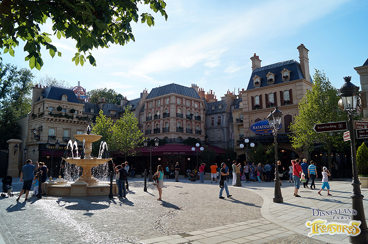 Ratatouille land's central plaza, La Place de Rémy
