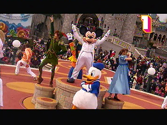 New shows at Disneyland Paris during Mickey's Magical Party